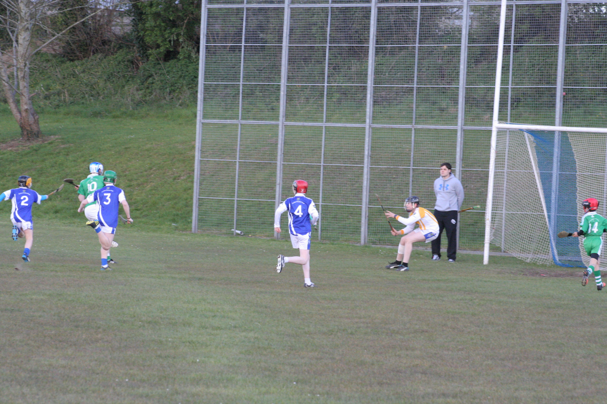 U14s narrow defeat to neighbours Shamrocks